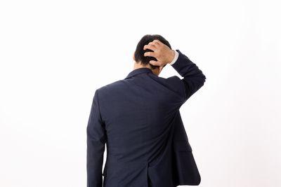 加齢臭に悩む中年男性